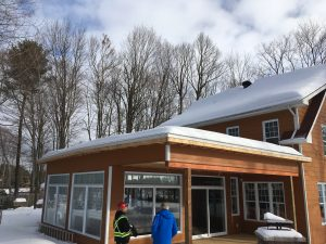 roof-snow-removal-joliette